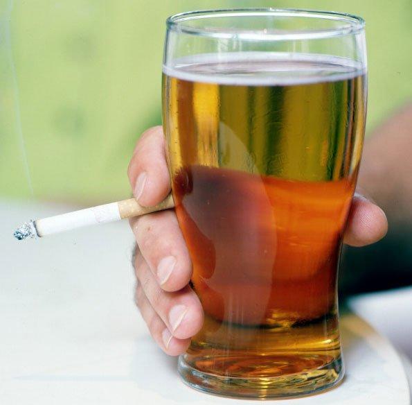 Алкоголь и курение - причины хронического антрального гастрита