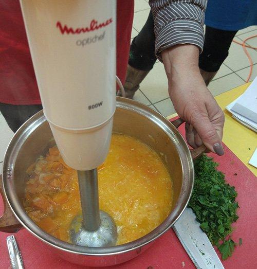 Измельчить суп до состояния пюре