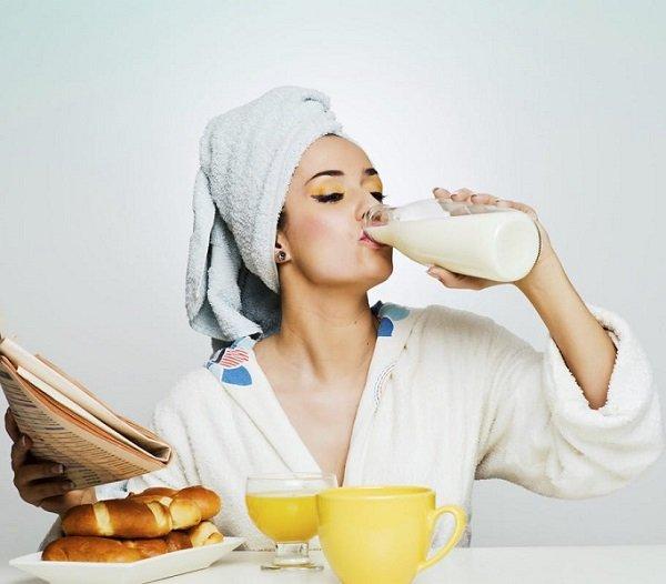 Употребление молока во время еды